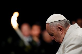Pope's Good Friday service focuses on sex trafficked girls