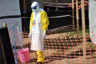 Attacks on hospital in Ebola zone kill Cameroonian doctor