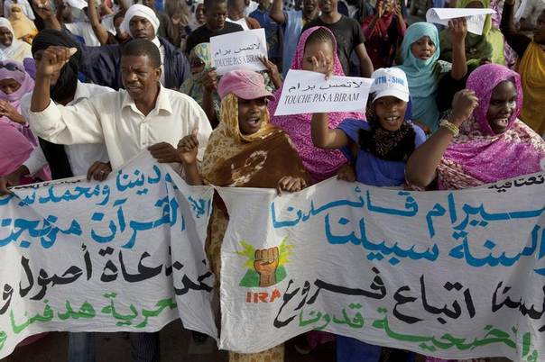 Mauritanian anti-slavery protesters march to demand the liberation of imprisoned abolitionist leader Biram Ould Abeid in Nouakchott, Mauritania, May 26, 2012. REUTERS/Joe Penney