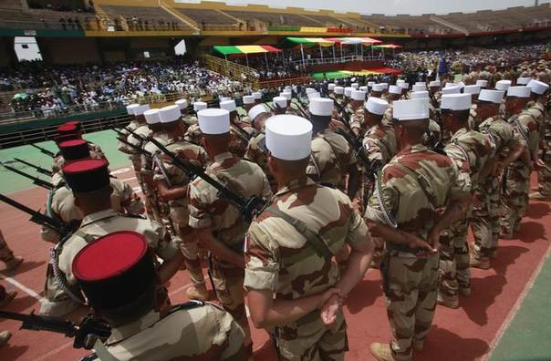 French soldiers on mission in Mali are seen during the inauguration ceremony of Mali's new President Ibrahim Boubacar Keita at the Stade du 26 Mars stadium in Bamako September 19, 2013. REUTERS/Thierry Gouegnon