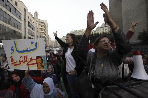 Women shout slogans against Egyptian President Mohamed Mursi and members of the Muslim Brotherhood during a protest rally in front of the courthouse and the Attorney General's office, near Tahrir Square in Cairo March 8, 2013. REUTERS/Amr Abdallah Dalsh