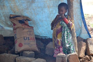 400,000 children risk starvation in volatile Congo as aid dries up