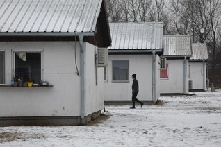 Migrants stuck in Serbia want to move on