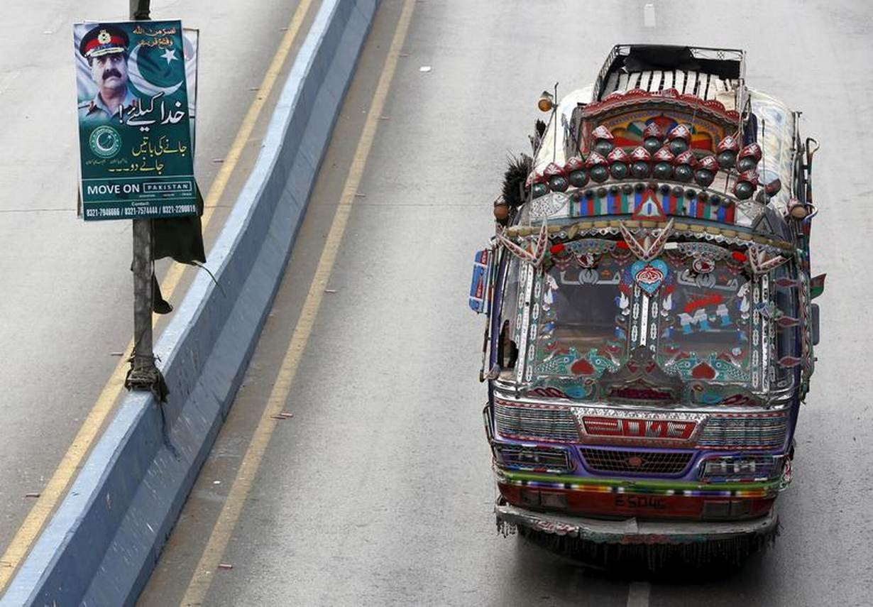 Biogas guzzlers: Karachi's public buses to run on cow poo