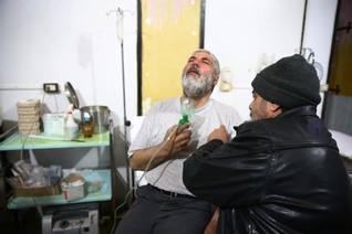 Rescuers in rebel-held Syrian area accuse gov't of gas attack