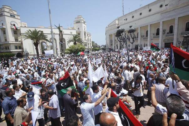 Protesters gather in Algeria Square to demand the departure of all armed battalions, in Tripoli July 7, 2013. REUTERS/Ismail Zitouny