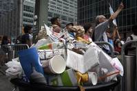 """NYC businesses to cut trash by half in """"Zero Waste"""" plan"""