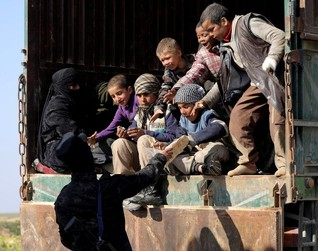 Islamic State on brink of defeat in Syria enclave