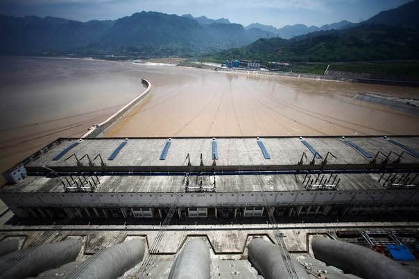 A view from the Three Gorges dam over the Yangtze River in Yichang, in China's Hubei province, on August 9, 2012. REUTERS/Carlos Barria