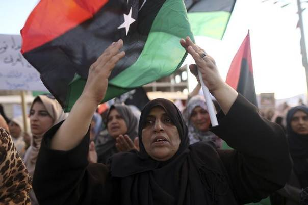 Women take part in a demonstration against the country's parliament and in support of the coalition of fighters called the Benghazi Revolutionaries Shura Council, at Freedom Square in Benghazi August 29, 2014. REUTERS/Esam Omran Al-Fetori