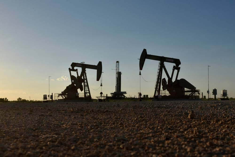 U.S. green groups ramp up legal attacks on federal oil leases