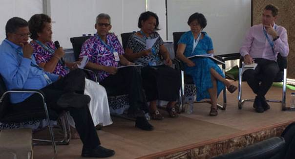 Tala Maula, Secretary General of the Samoan Red Cross shares her experiences of the Tsunami that struck Samoa in 2009 at the panel discussion convened by IFRC at the 3rd UN Conference on Small Island Developing States. Patrick Fuller/IFRC