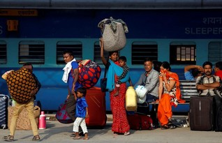 India's tourism ministry launches campaign to show women safe in India