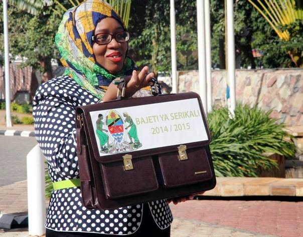 Finance Minister Saada Mkuya displays a briefcase containing the budget speech she presented in Dodoma last week (Photo by Kizito Makoye)