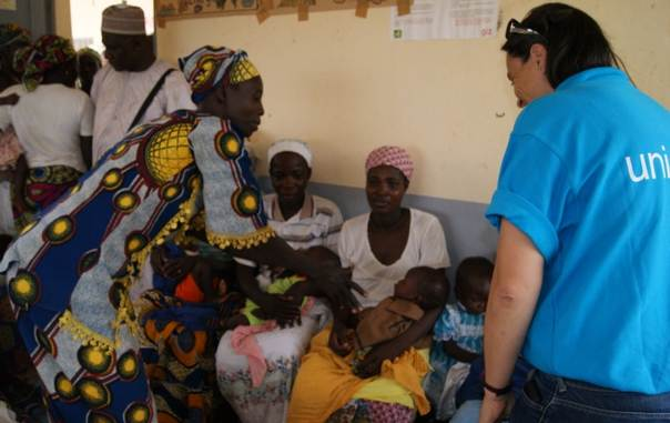 UNICEF staff visit the Maludam health centre in Garoua district, northern Cameroon, July 2013.