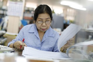 Ageing Asia needs more women in boardrooms - recruitment experts