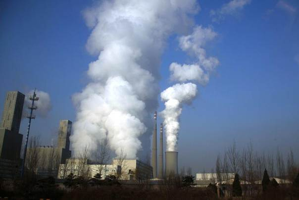 A coal-burning power station in central Beijing, March 15, 2012. REUTERS/David Gray