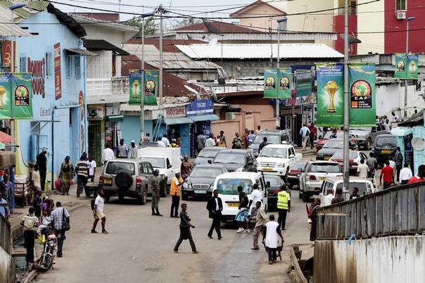 A view of a street near the Libreville bus station February 14, 2012. REUTERS/Luc Gnago