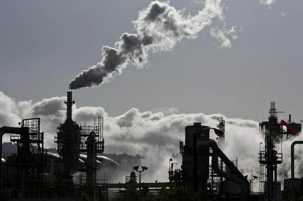 Chimney stacks at the ConocoPhillips oil refinery in San Pedro, California, March 24, 2012. REUTERS/Bret Hartman