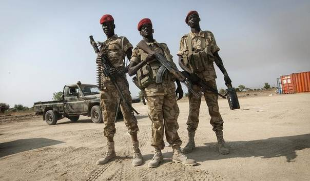 SPLA soldiers secure Bor airport in South Sudan, a day after its recapture by government SPLA forces January 19, 2014. REUTERS/George Philipas