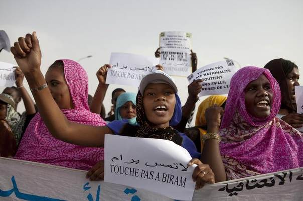 Mauritanian anti-slavery protesters march to demand the liberation of imprisoned abolitionist leader Biram Ould Abeid in Nouakchott, May 26, 2012. REUTERS/Joe Penney