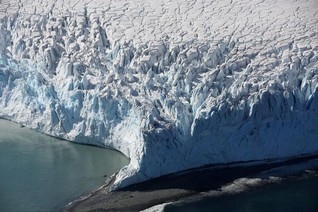 Thaw of Antarctic ice lifts up land, might slow sea level rise
