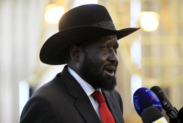 South Sudan's President Salva Kiir speaks during a joint news conference with Sudan's President Omar al-Bashir (not pictured) at Khartoum Airport April 5, 2014. REUTERS/Mohamed Nureldin Abdallah