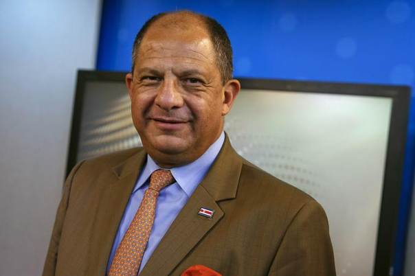 Costa Rican President Luis Guillermo Solis poses before an interview in New York June 13, 2014 REUTERS/Shannon Stapleton