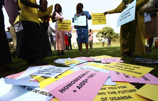 Supporters of the anti-gay law prepare for a procession backing the signing of the anti-gay bill into law, in Uganda's capital Kampala March 31, 2014. REUTERS/Edward Echwalu