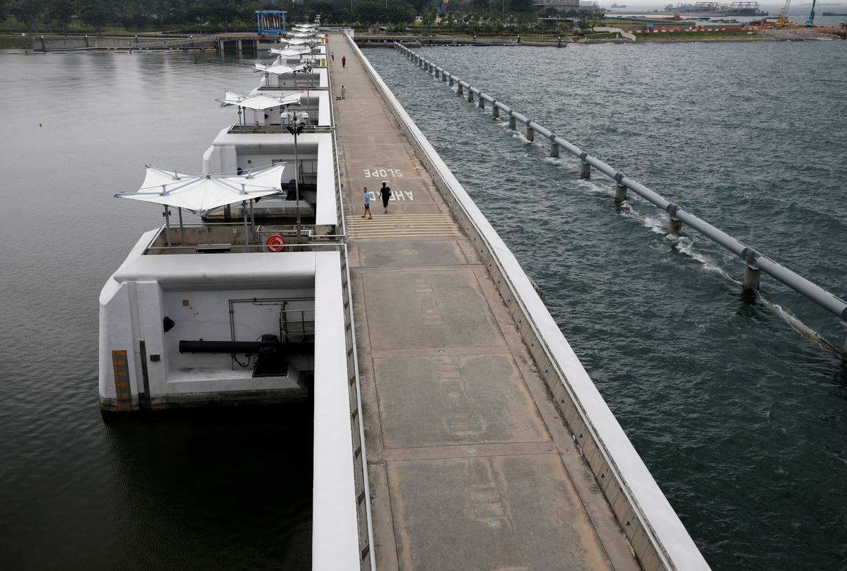 A view of the Marina Barrage, which separates freshwater and seawater, in Singapore. Credit: Edgar Su/Reuters