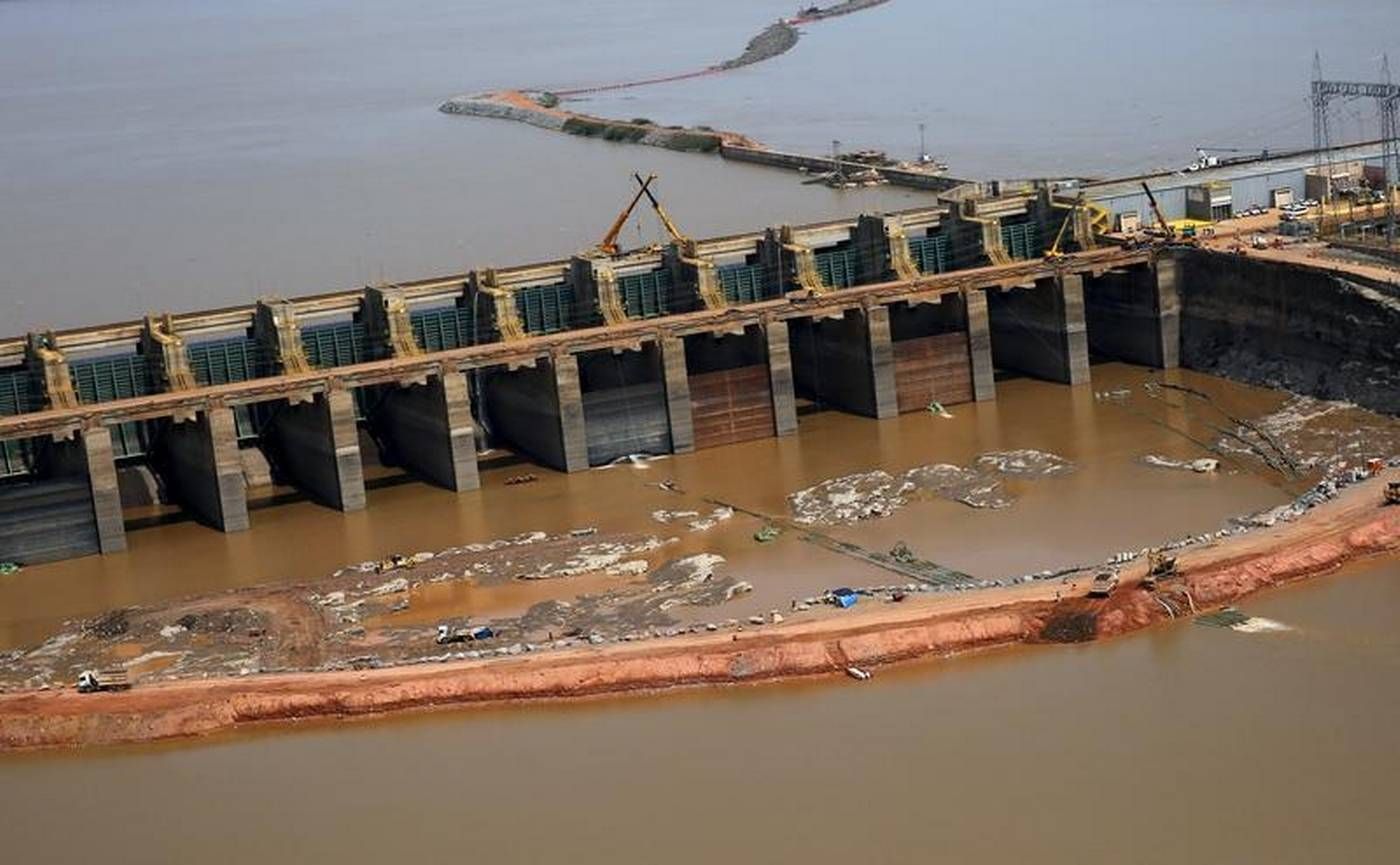 the effects of dam construction on