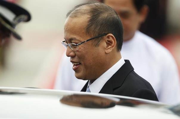 President Benigno Aquino of the Philippines arrives at Naypyitaw international airport to attend the 24th ASEAN Summit May 10, 2014 REUTERS/Soe Zeya Tun