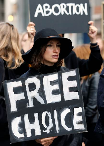 the controversies on abortion in the american culture