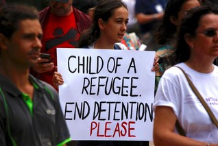 United Nations urges Australia to evacuate offshore refugees over health crisis