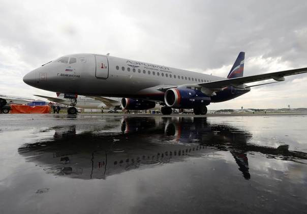 Russian Sukhoi Superjet 100 in Aeroflot livery comes to land ahead of the Farnborough Airshow 2012 in southern England July 8, 2012. REUTERS/Luke MacGrego