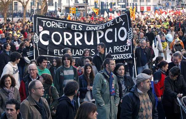 Protesters march during a demonstration against cuts in education, and political corruption in central Valencia February 9, 2013. REUTERS/Heino Kali