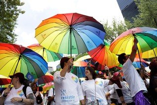 Mexican firms growing more LGBT+ friendly, rights group says