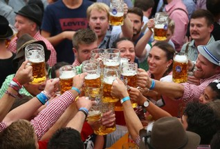 Beer lovers face price spikes, shortages as climate changes -study