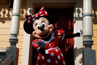 Forty years after Mickey, Minnie Mouse gets her star on Hollywood Walk of Fame