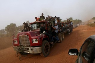"""""""Emerging crisis"""" as thousands flee rising farmer-herder violence in Nigeria"""