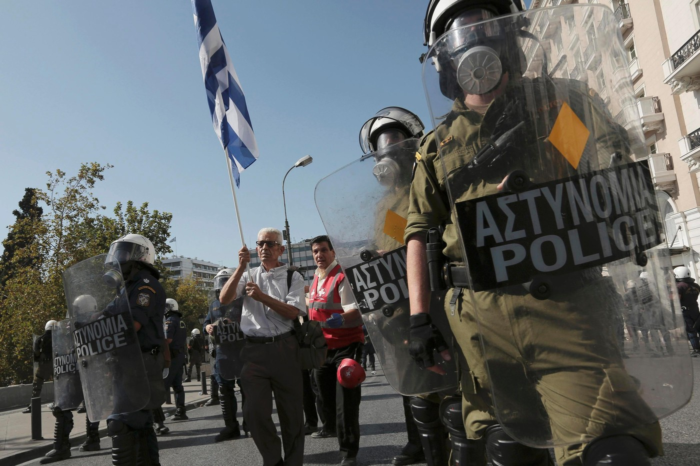 strengths of the greek polis While she acknowledges certain strengths of of ancient greek religion the dominance of polis religion, scholars of greek religion will find much.